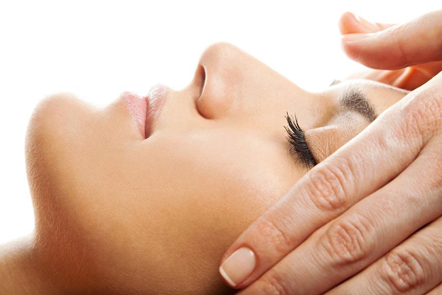 Drenaż limfatyczny twarzy, szyi i dekoltu