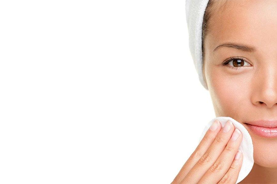 Zabiegi na twarz - pielęgnacja