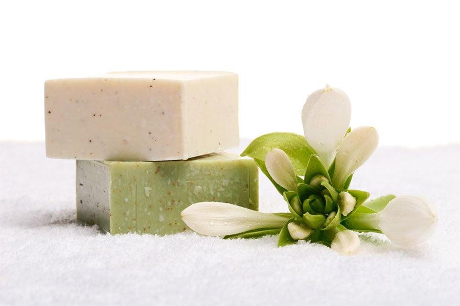 Mydło siarkowe – właściwości pielęgnacyjne i zastosowanie