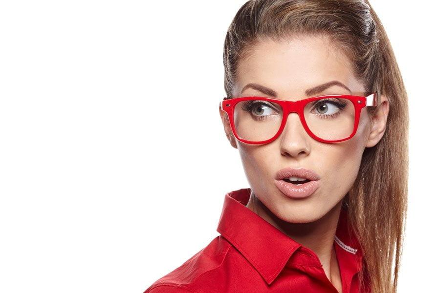 Makijaż pod okulary, czyli jak się malować?