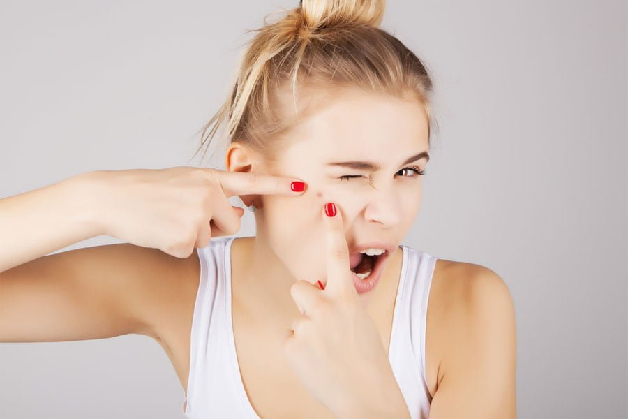 Trądzik kosmetyczny - przyczyny, objawy, leczenie