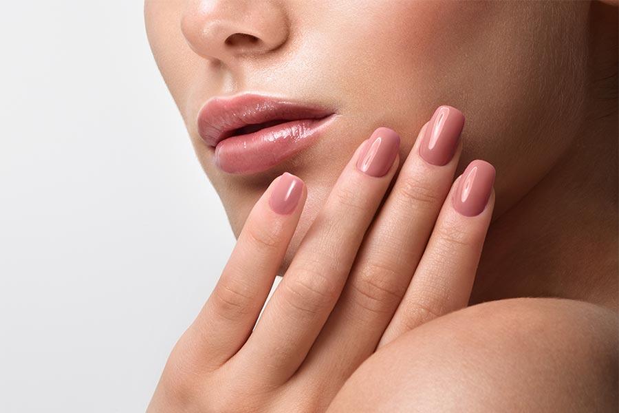 Manicure hybrydowy - krok po kroku