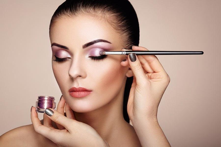 Makijaż wieczorowy - krok po kroku