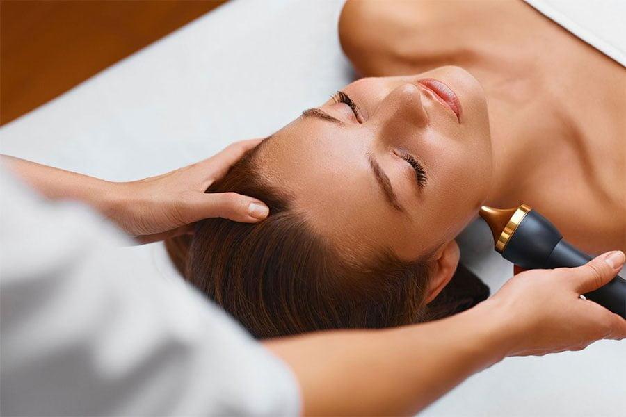 Mezoterapia bezigłowa - czym jest i jak działa?