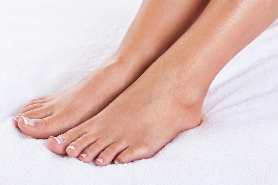Wrastający paznokieć - przyczyny, objawy, leczenie