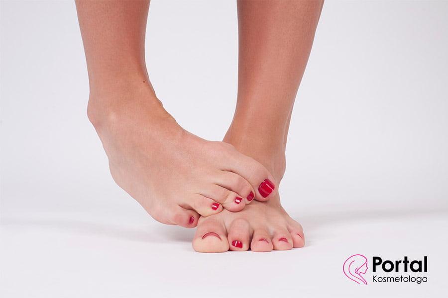 Grzybica paznokci - przyczyny, objawy, leczenie