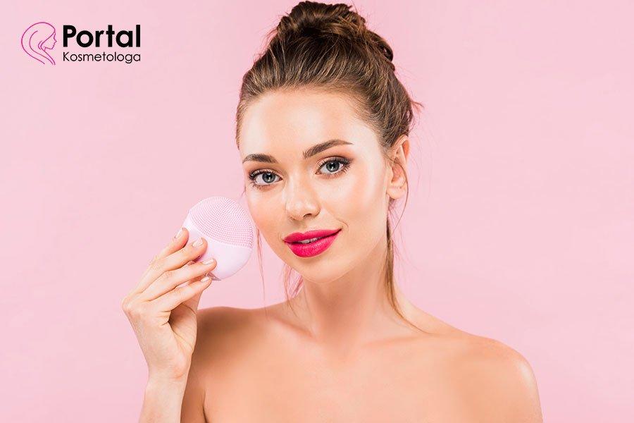 Przygotowanie twarzy pod makijaż