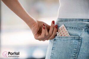 Doustna antykoncepcja a stan skóry