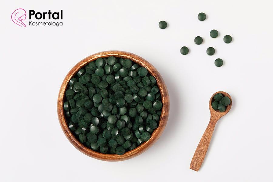 Substancje aktywne pozyskiwane z alg