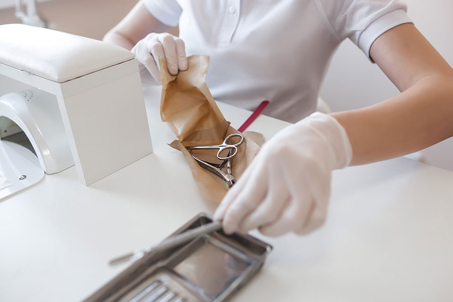 Jak powinna wyglądać sterylizacja narzędzi kosmetycznych?