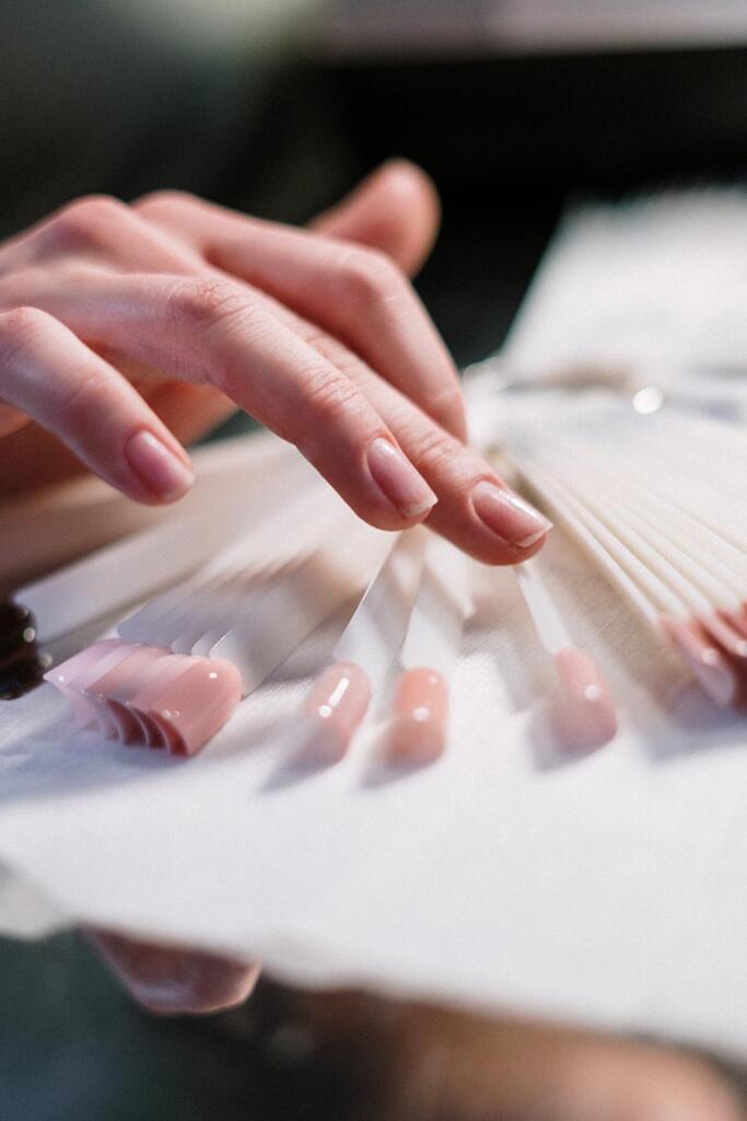 Zestaw do przedłużania paznokci — jaki wybrać?